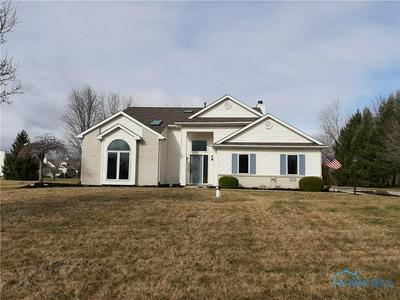 105 HOGAN LN, BRYAN, OH 43506 - Photo 2
