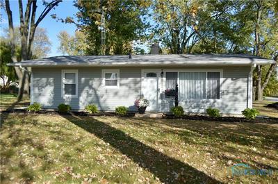 5640 ACRES RD, Sylvania, OH 43560 - Photo 1