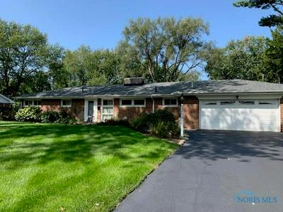 4804 BROOKHURST RD, Sylvania, OH 43560 - Photo 2