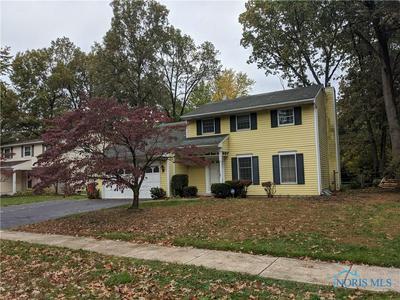 6226 W PEMBRIDGE DR, Toledo, OH 43615 - Photo 1