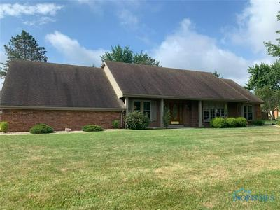 725 WESLEY AVE, Bryan, OH 43506 - Photo 1