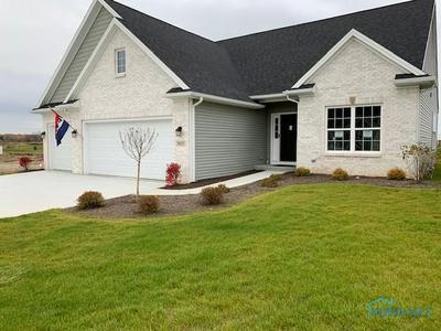 3807 WINDWARD DR, Sylvania, OH 43560 - Photo 1