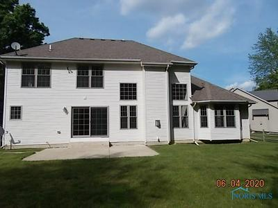 7351 NORTHQUAY CT, Holland, OH 43528 - Photo 2