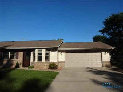 304 N LINCOLN ST, Archbold, OH 43502 - Photo 2