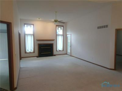 1106 WATERVILLE MONCLOVA RD # 7, Waterville, OH 43566 - Photo 2