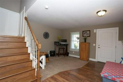 9853 JULIANNA LN, WHITEHOUSE, OH 43571 - Photo 2