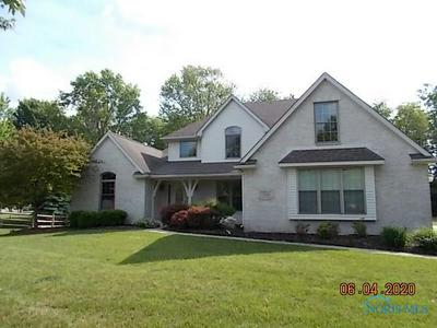 7351 NORTHQUAY CT, Holland, OH 43528 - Photo 1