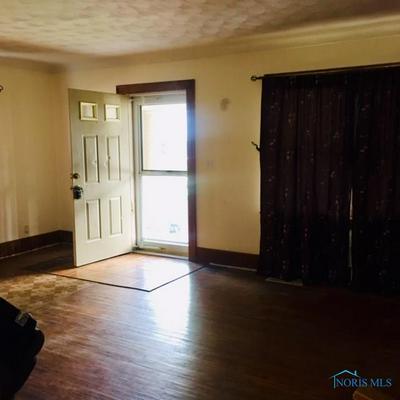 624 BRIGHTON AVE, Toledo, OH 43609 - Photo 2