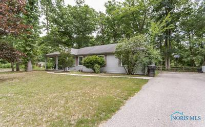 9711 OAK GREEN CT, Holland, OH 43528 - Photo 2