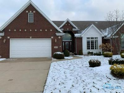 3917 RAVINE HOLLOW CT, Maumee, OH 43537 - Photo 1