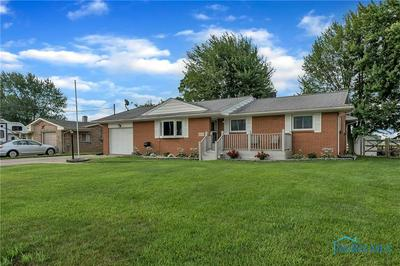 4360 PICKLE RD, Oregon, OH 43616 - Photo 2