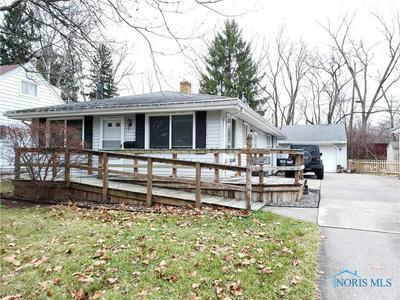 308 SUNNYSIDE DR, Toledo, OH 43612 - Photo 1
