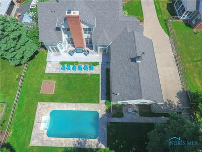 140 EAGLE POINT DR, Rossford, OH 43460 - Photo 2