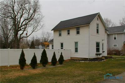 224 E SUPERIOR ST, Wauseon, OH 43567 - Photo 2