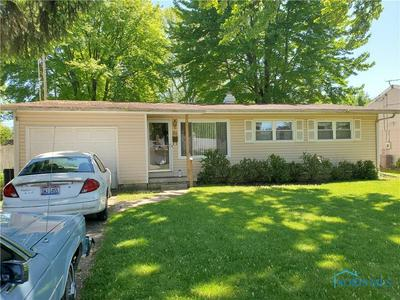 821 MAPLE LN, Waterville, OH 43566 - Photo 1