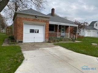 504 PLEASANT ST, Archbold, OH 43502 - Photo 1