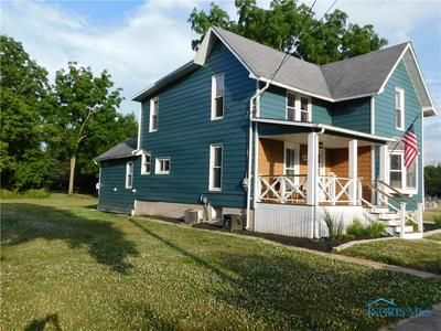 305 S COLLEGE ST, Fayette, OH 43521 - Photo 2