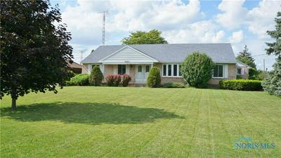 3927 PICKLE RD, Oregon, OH 43616 - Photo 2
