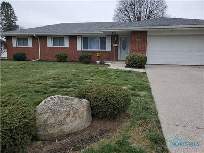 2230 MIDLAWN DR, Toledo, OH 43614 - Photo 2