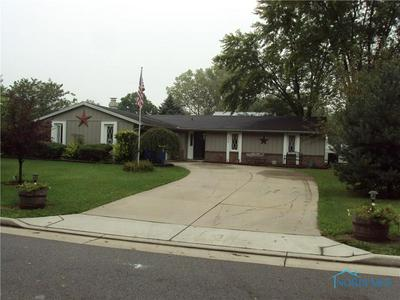 205 OHIO DR, BRYAN, OH 43506 - Photo 1