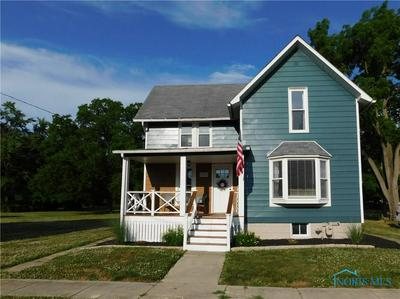 305 S COLLEGE ST, Fayette, OH 43521 - Photo 1