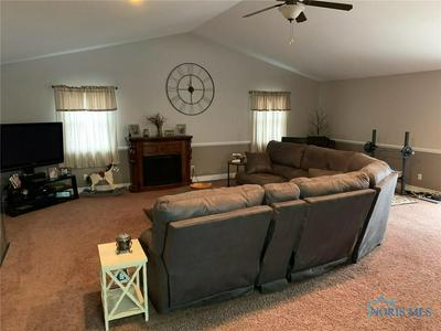 161 LAURIE DR, Bryan, OH 43506 - Photo 2