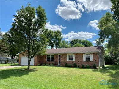 10105 GROVER DR, Whitehouse, OH 43571 - Photo 1
