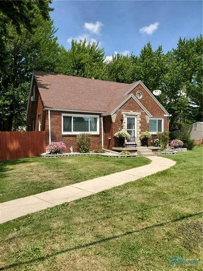 2651 PICKLE RD, Oregon, OH 43616 - Photo 2