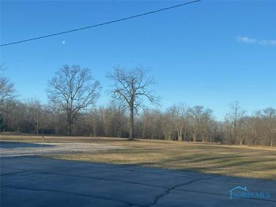 7540 NOWARD RD, WATERVILLE, OH 43566 - Photo 2