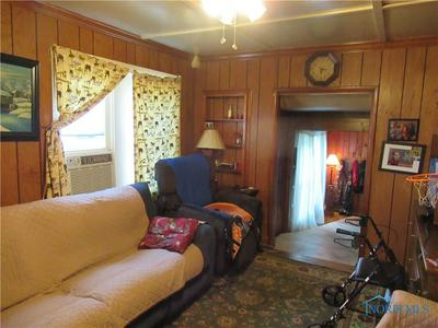 2428 ROSEVIEW DR, Toledo, OH 43613 - Photo 2