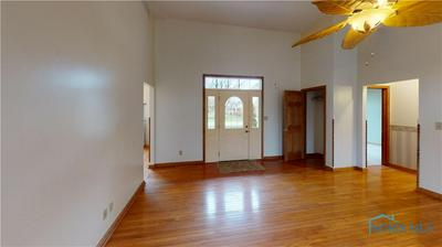 370 YULE TREE DR, Carey, OH 43316 - Photo 2