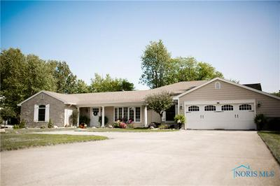 217 KETTENRING DR, Defiance, OH 43512 - Photo 2