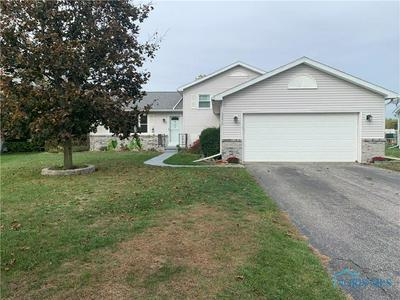 5576 FOREST GREEN DR, Toledo, OH 43615 - Photo 2
