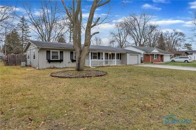 6040 GRAYSTONE DR, Sylvania, OH 43560 - Photo 2