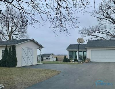 979 N WARPOLE ST, Upper Sandusky, OH 43351 - Photo 2