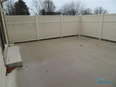 525 WESLEY AVE, Bryan, OH 43506 - Photo 2