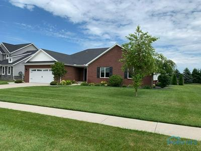 108 PINEVIEW DR, Oregon, OH 43616 - Photo 2
