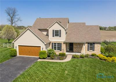 6225 WHITEHOUSE VALLEY DR, Whitehouse, OH 43571 - Photo 1