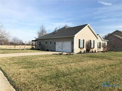 7856 DANA RAE DR, Waterville, OH 43566 - Photo 2