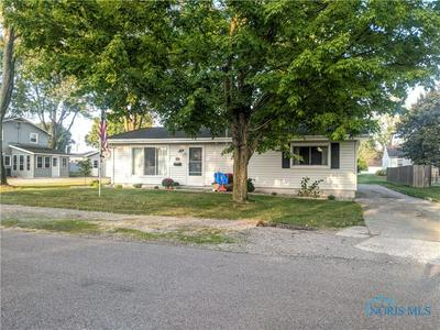 203 1ST ST, Montpelier, OH 43543 - Photo 2