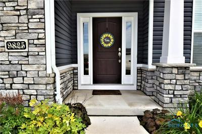 9825 TALONSWOOD RD, Sylvania, OH 43560 - Photo 2