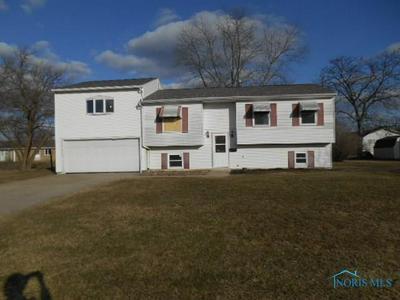 381 WILSON ST, DEFIANCE, OH 43512 - Photo 1
