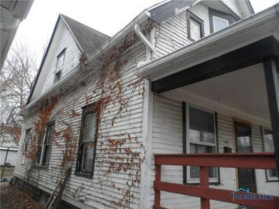 1527 TECUMSEH ST, Toledo, OH 43607 - Photo 2
