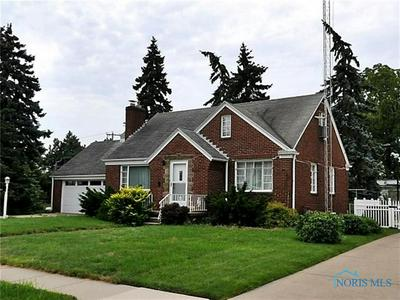 662 SYLVANDALE AVE, Oregon, OH 43616 - Photo 1