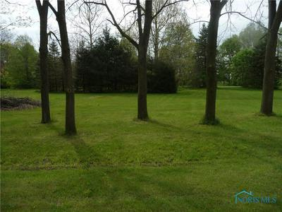 17770 W RIVERSIDE DR, Elmore, OH 43416 - Photo 2