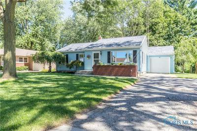 141 S 6TH ST, Waterville, OH 43566 - Photo 2