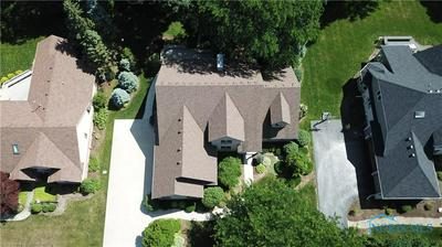 9021 ROLLING HILL RD, Holland, OH 43528 - Photo 2