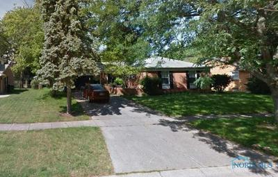 1072 BIRCH DR, Perrysburg, OH 43551 - Photo 1