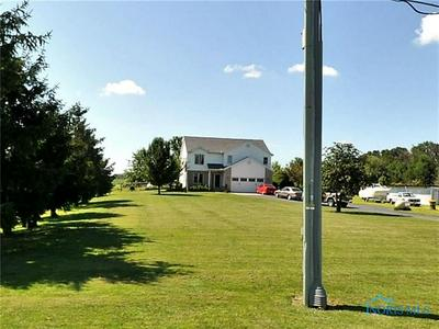 6658 BROWN RD, Oregon, OH 43616 - Photo 1