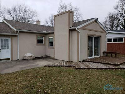 104 BANKEY AVE, ARCHBOLD, OH 43502 - Photo 2
